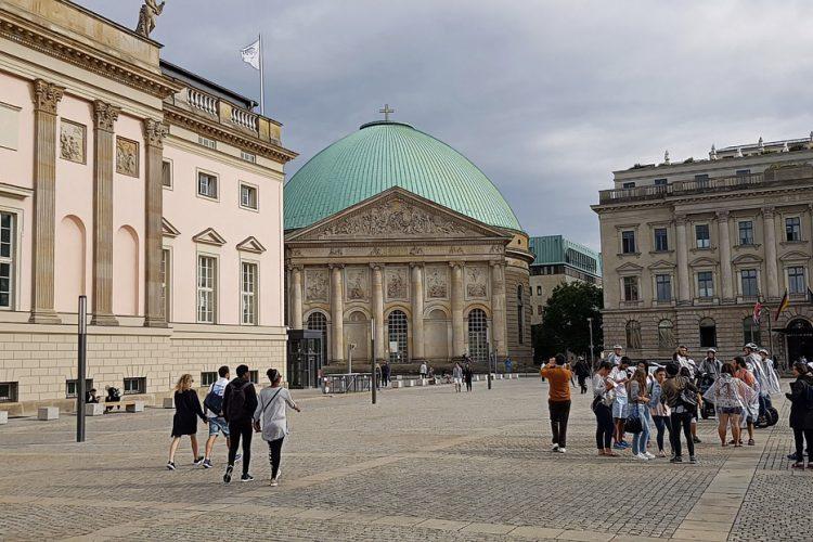 berlin-04-TBAP01