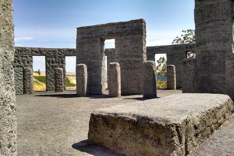 stonehenge_bath_ok5