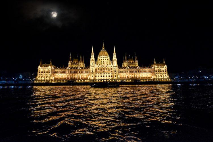 danubio_budapest_noche_ok4