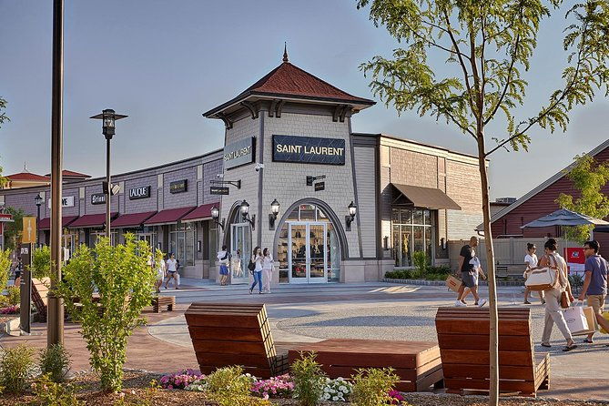 Woodbury_Outlets_ok2