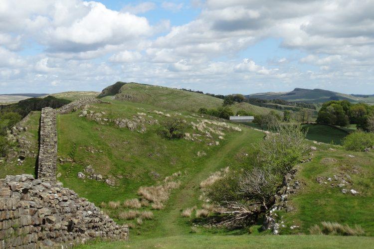 Muro de Adriano y a la abadía de M2