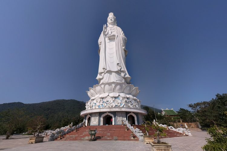pagoda-Linh-Ứng