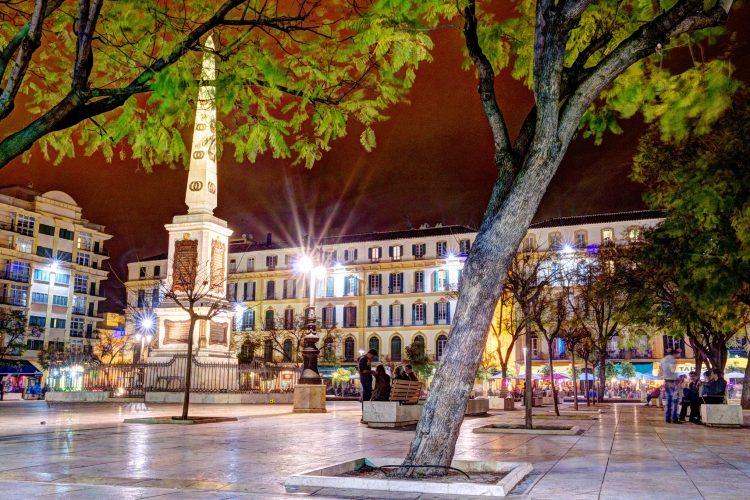 Málaga al anochecer 3