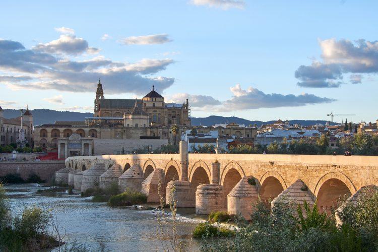 Córdoba, Puente Romano y la Mezquita-Catedral