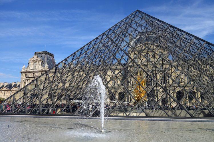 paris_museo_louvre