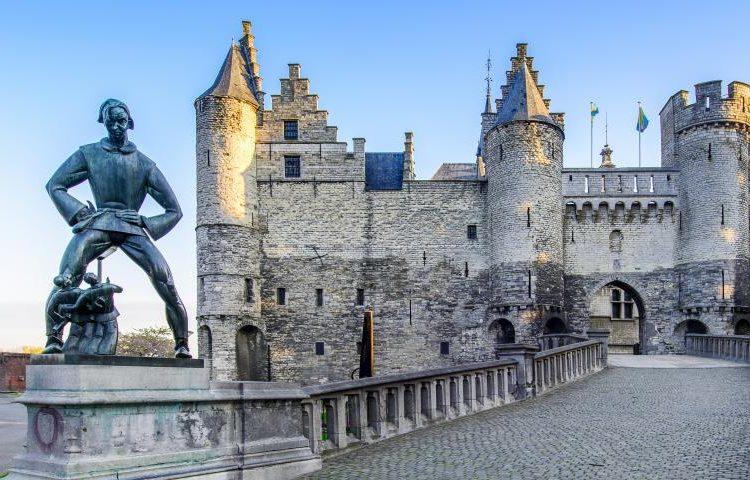 amberes-actividad-free-tour-leyendas-castillo-steen_2_0