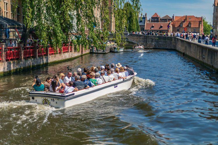 brujas-paseo-en-barco