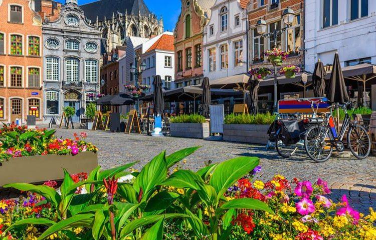 grand-place-malinas-bruselas